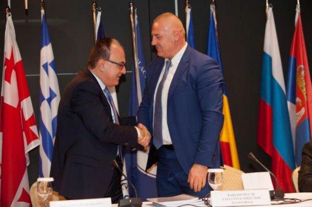 Njoftim për shtyp: Nenshkruhet Marreveshje e re midis Fondit BESA sh.a. dhe Bankes se Detit te Zi per Tregti dhe Zhvillim.