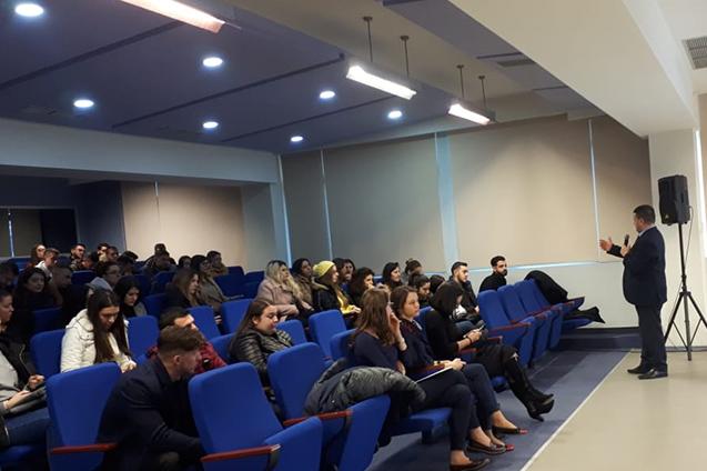 """Në kuadër të forcimit të edukimit financiar te të rinjve, Fondi BESA zhvilloi në Universitetin Evropian të Tiranës  një leksion të hapur në lëndën """"Financat e Ndërmarrjes""""."""